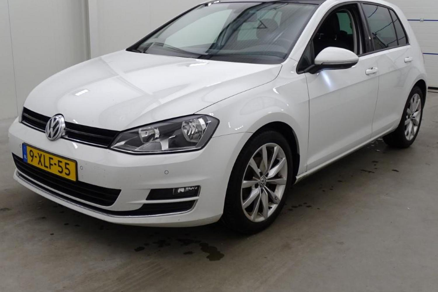 Volkswagen Golf 1.2TSI Business Edit. 5drs