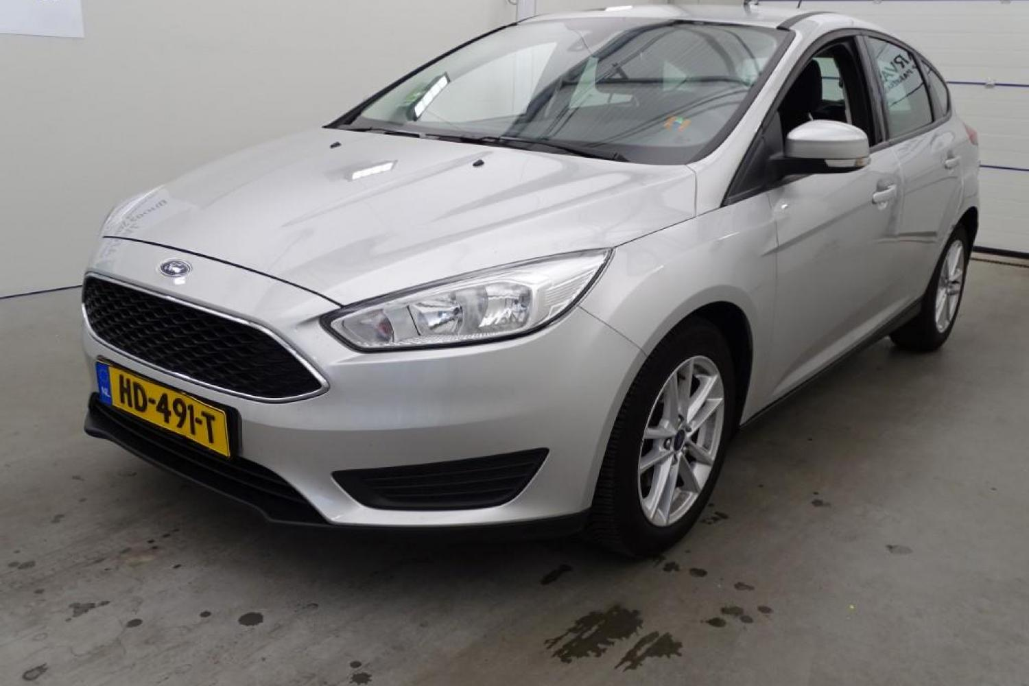 Ford Focus 1.0 EB 100 Trend 5d